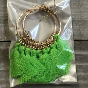 🖤3 for $15🖤 gold with bright green tassels